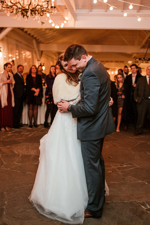 Cedarwood-Nashville-Wedding-Photographers 46.jpg