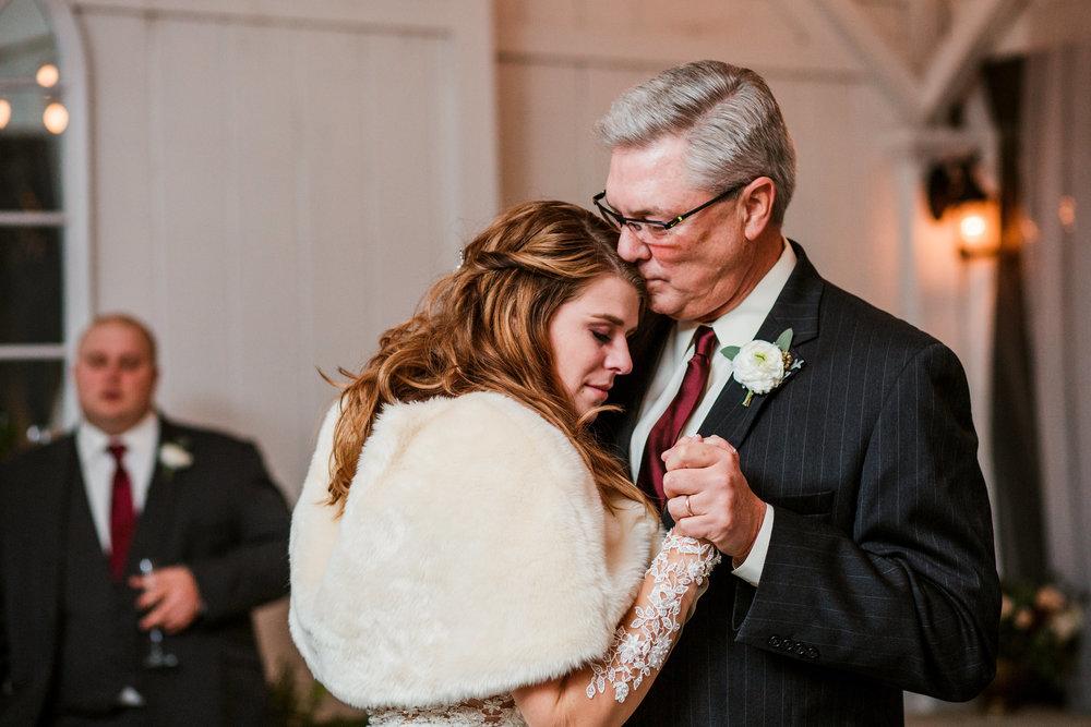Cedarwood-Nashville-Wedding-Photographers 48.jpg