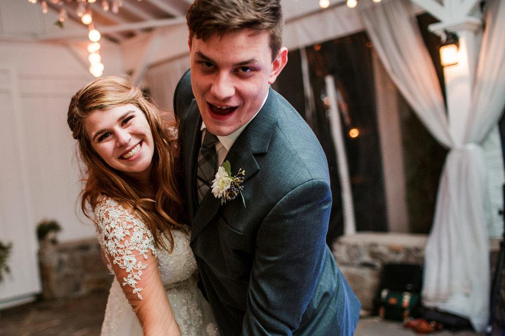 Cedarwood-Nashville-Wedding-Photographers 51.jpg