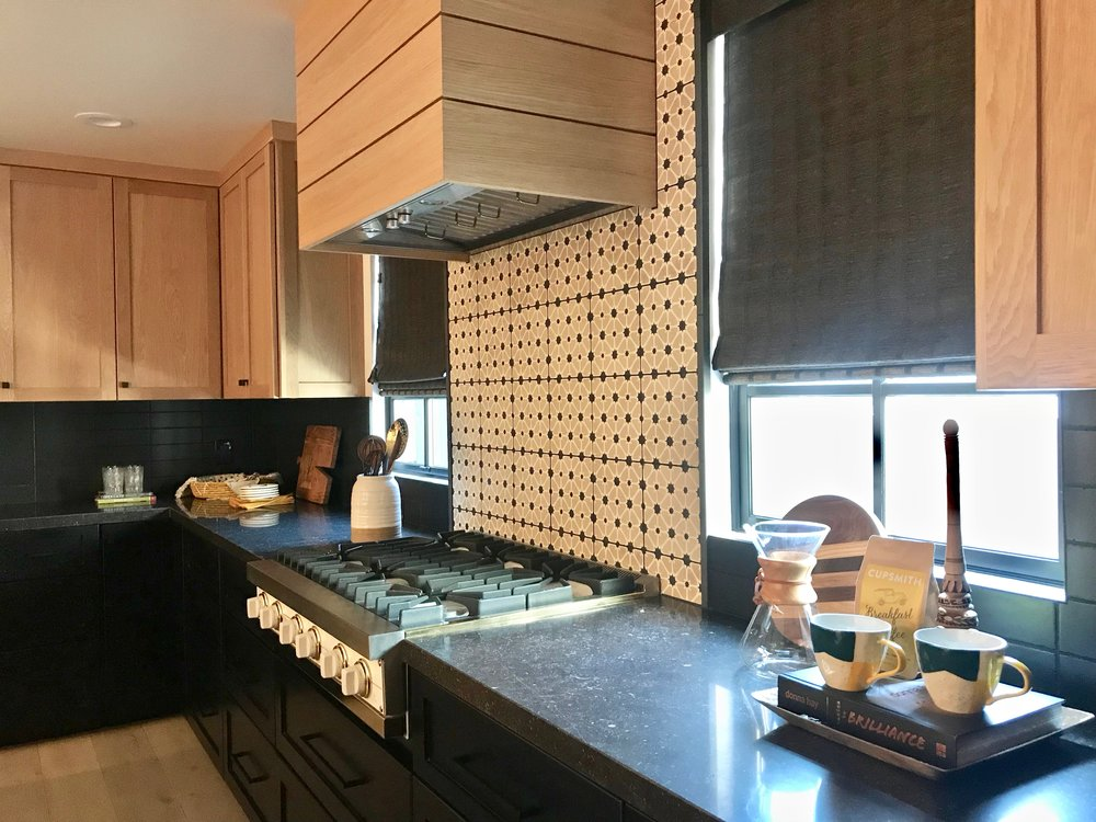 8 kitchen.jpeg