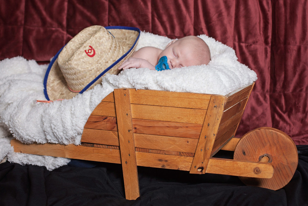 HeidiRandallStudios-NewbornPhotography-Lyrik-13.jpg