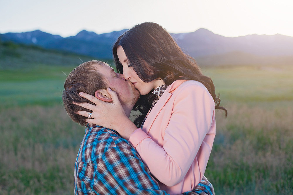 UtahEngagementPhotographer-HeidiRandallStudios-Sarah+Evan-20.jpg