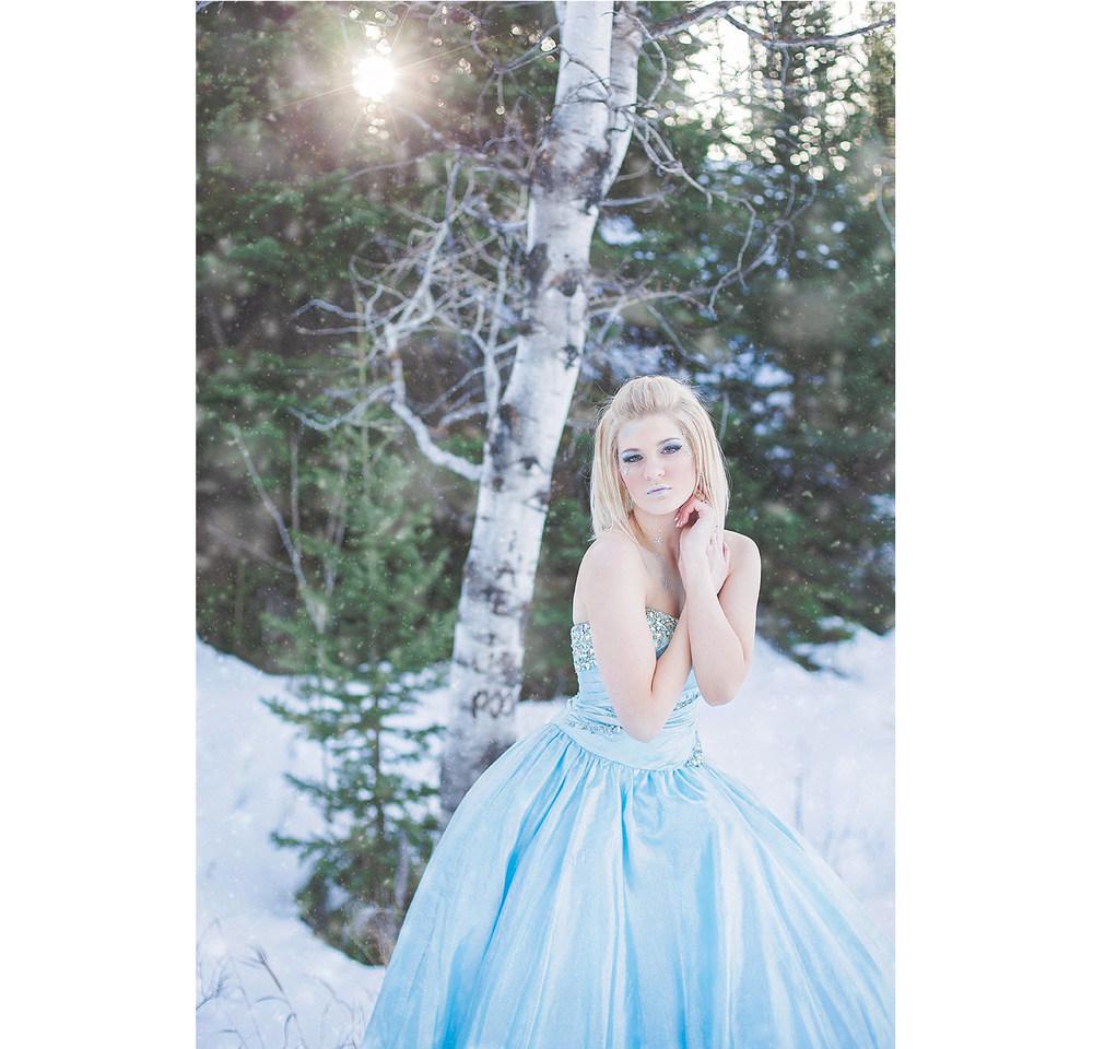 LoganUtahPortraitPhotography-HeidiRandallStudios-WinterModels-5.jpg