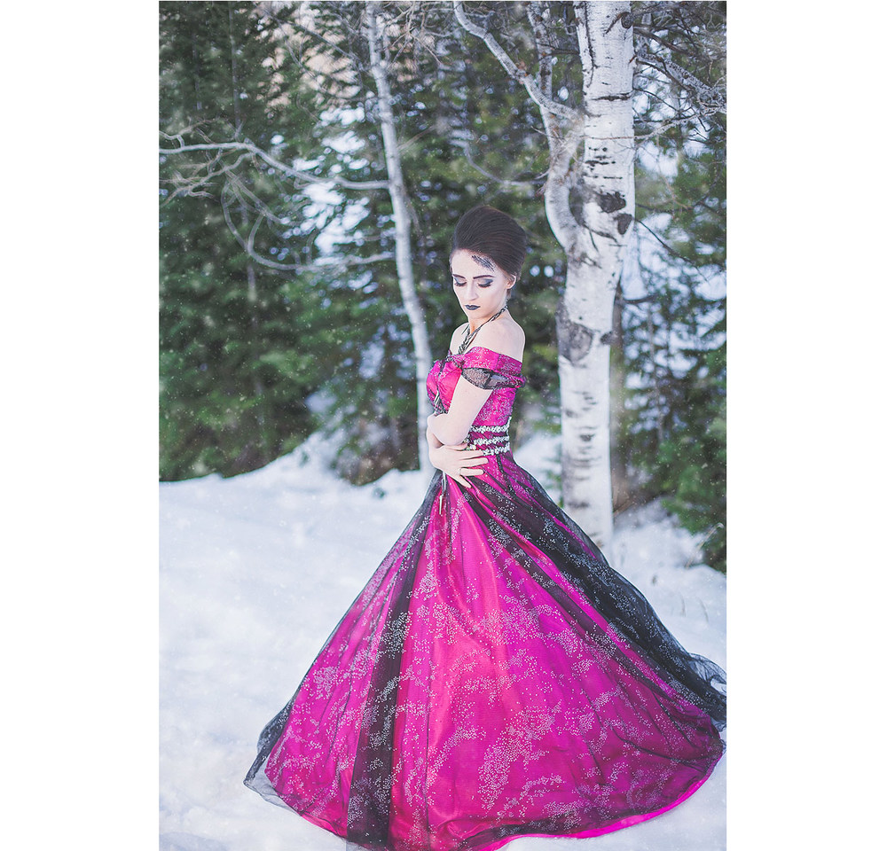 LoganUtahPortraitPhotography-HeidiRandallStudios-WinterModels-9.jpg