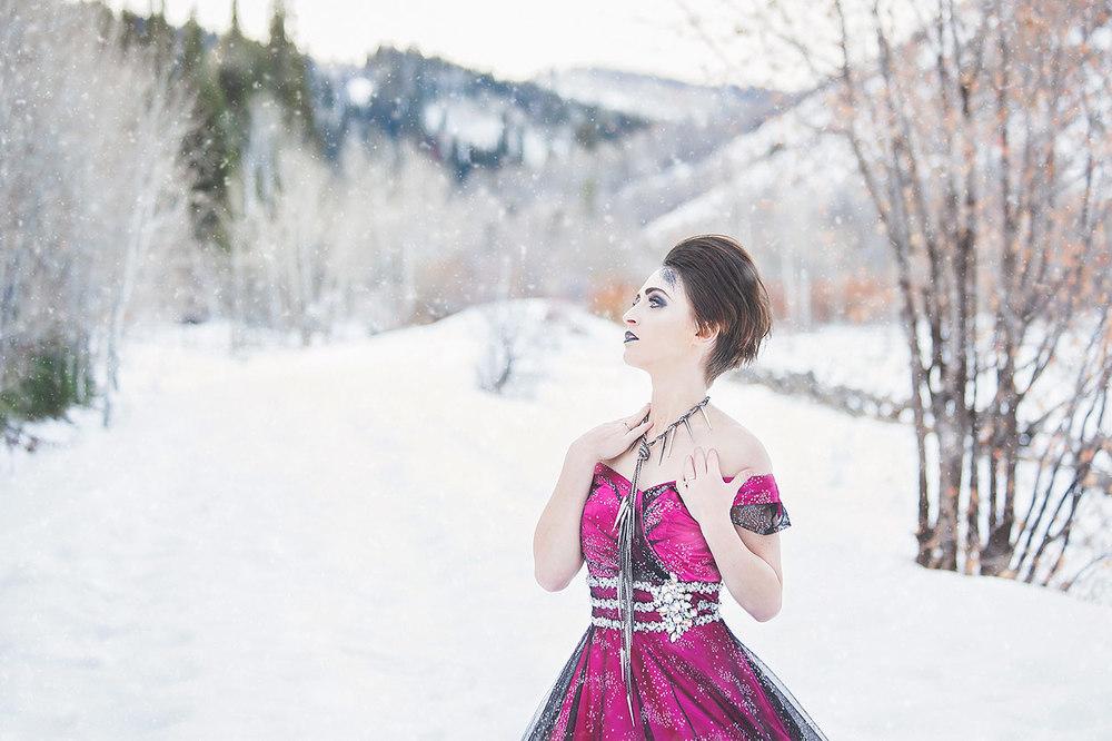 LoganUtahPortraitPhotography-HeidiRandallStudios-WinterModels-19.jpg