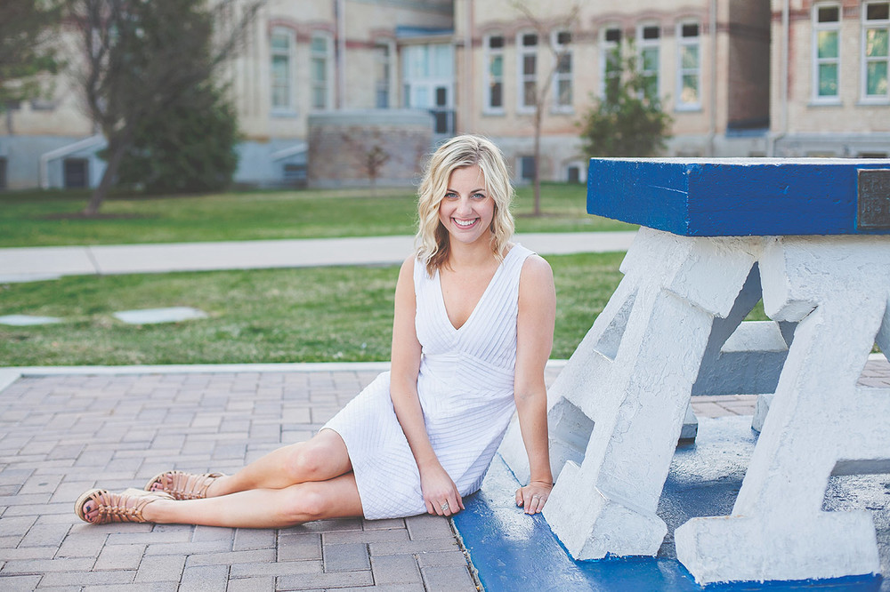 CollegeGraduationPortraits-HeidiRandallStudios-Courtney-20.jpg