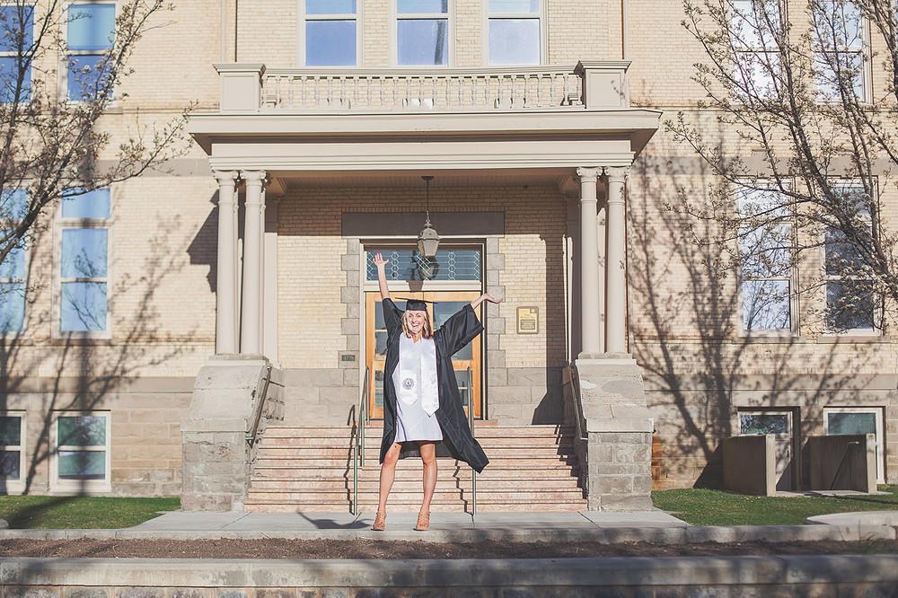 CollegeGraduationPortraits-HeidiRandallStudios-Courtney-23.jpg