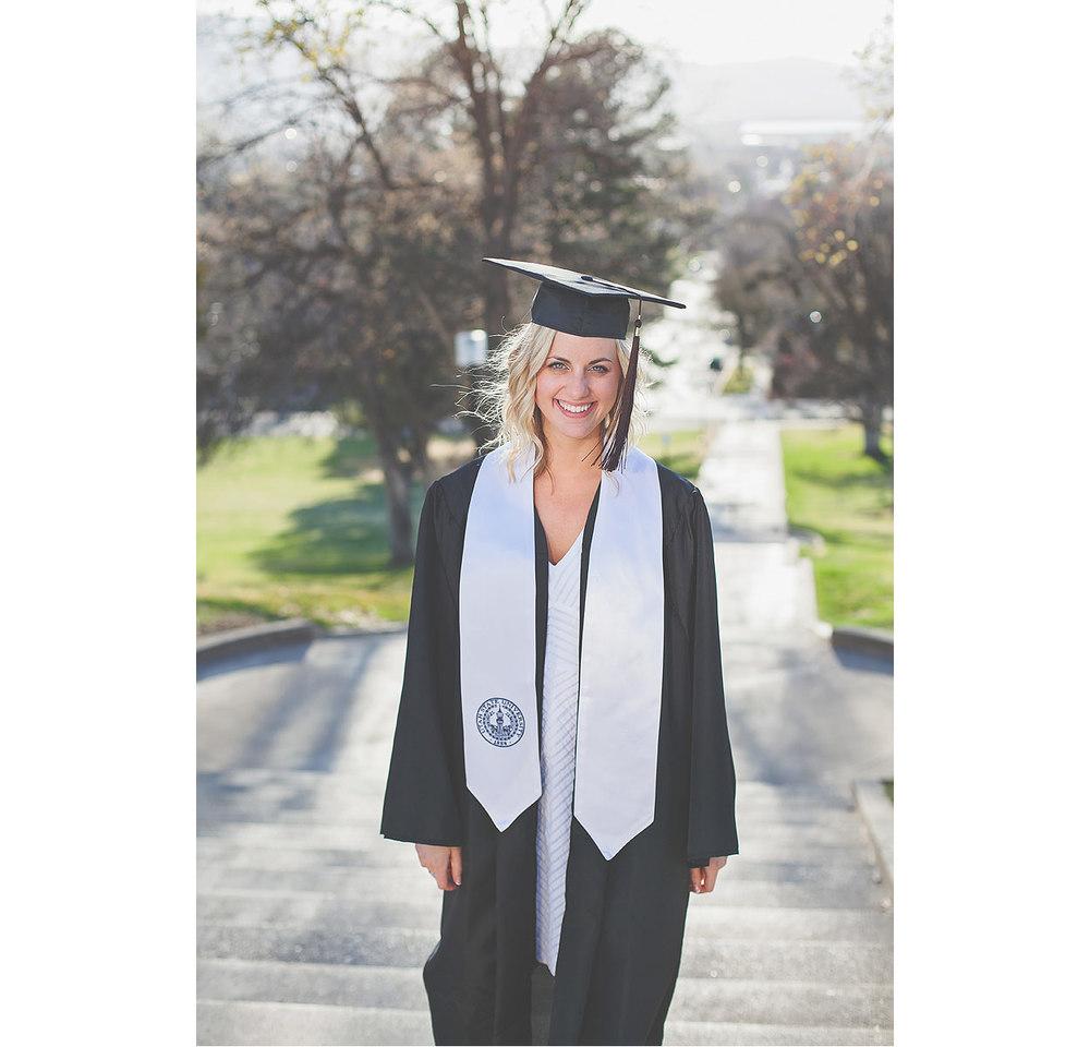 CollegeGraduationPortraits-HeidiRandallStudios-Courtney-24.jpg