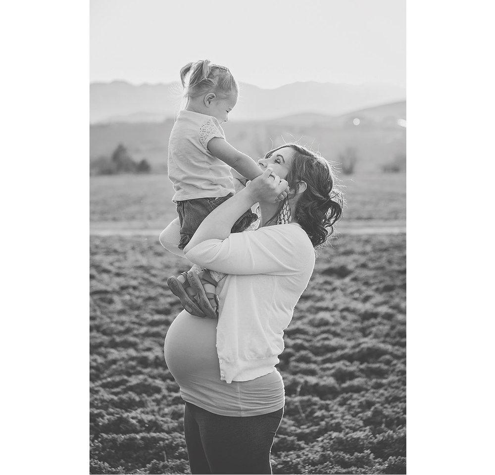 LoganUtahMaternityPhotography-HeidiRandallStudios-22.jpg