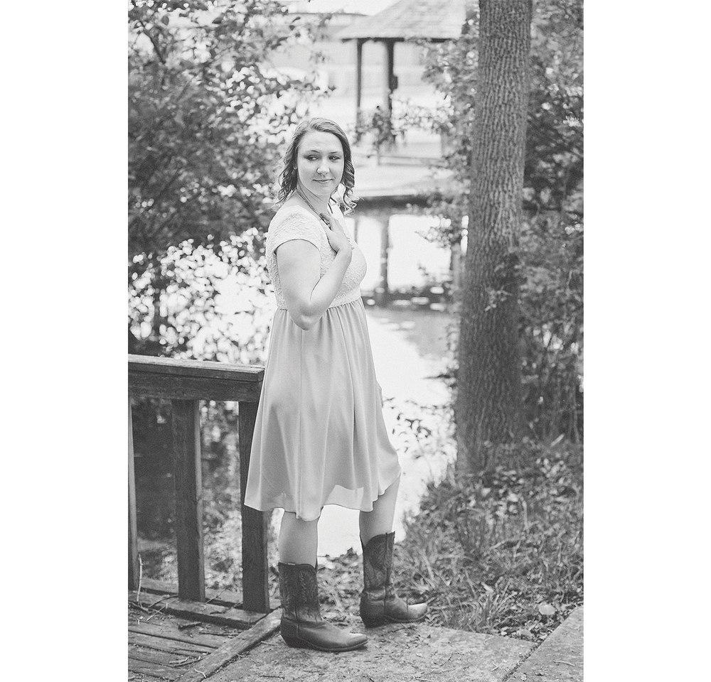 CollegeGraduationPortraits-HeidiRandallStudios-Kat-14.jpg