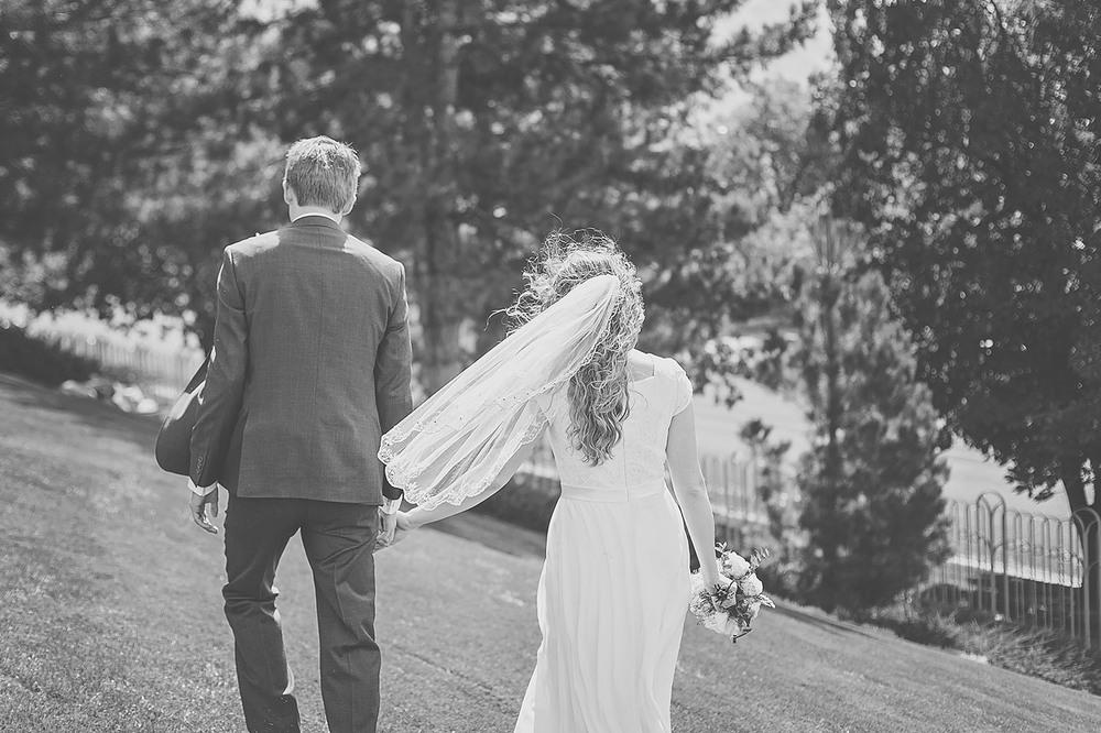 LoganUtahWeddingPhotography-HeidiRandallStudios-Spencer+Lindsay-23.jpg