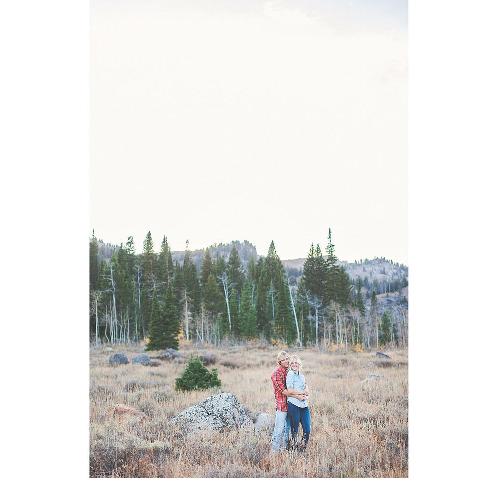 LoganUtahEngagementPhotography-TonyGroveEngagementPhotography-HeidiRandallStudios-Courtney+Sam-33.jpg
