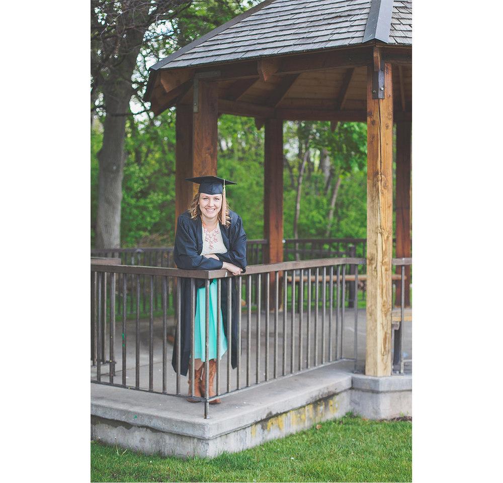CollegeGraduationPortraits-HeidiRandallStudios-Kat-8.jpg