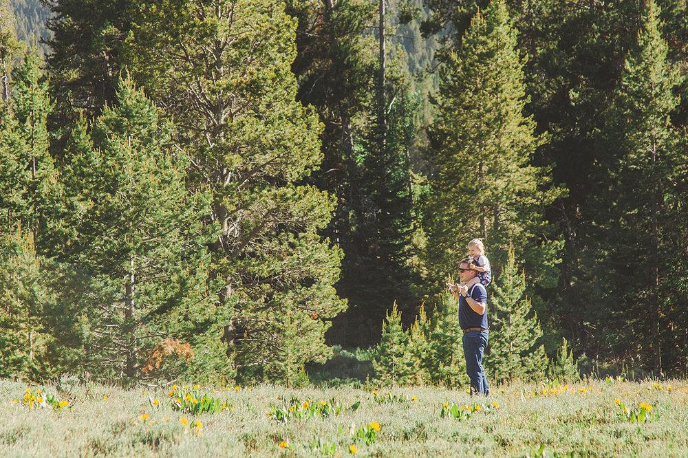 BeaverCreekLodge-FamilyReunion-LoganUT-HeidiRandallstudios-5.jpg