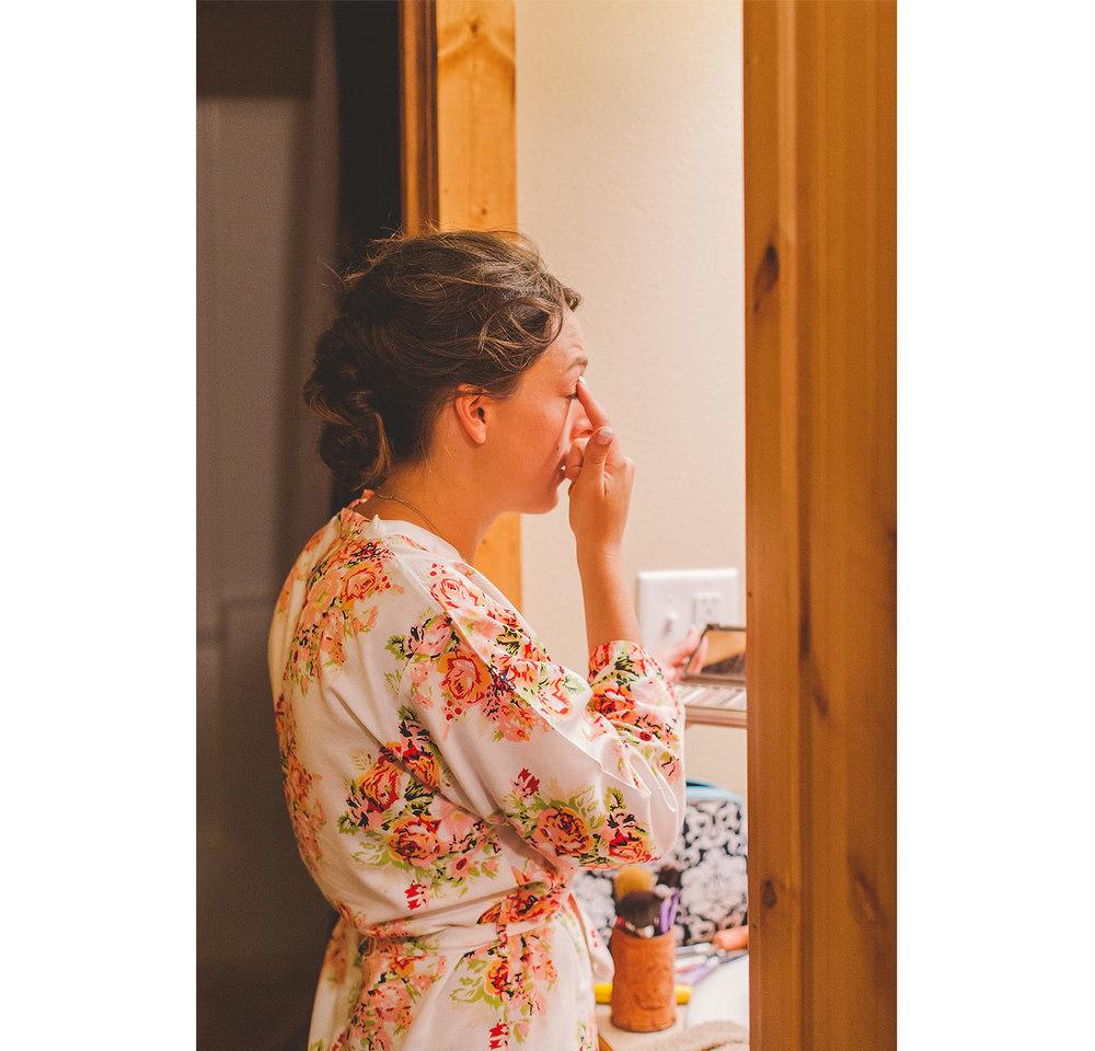 BLOG-LoganUtahWeddingPhotography-HeidiRandallStudios-Madison+Kyle-8.jpg