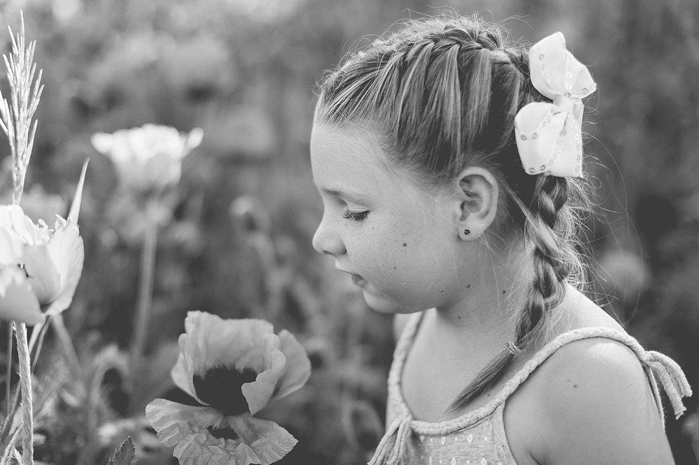 BLOG-LoganUtahFamilyPhotography-HeidiRandallStudios-Poppies-6.jpg