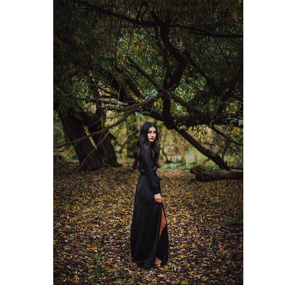 BLOG-LoganUtahPortraitPhotography-HeidiRandallStudios-HalloweenStyledShoot-Markell-20.jpg