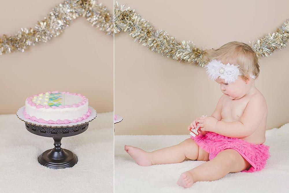 BLOG-LoganUtahFamilyPhotography-HeidiRandallStudios-CakeSmash-Jaina-5.jpg