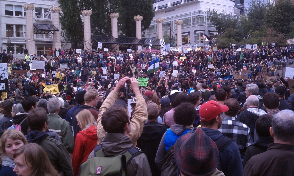 Occupy Portland rally, October 6, 2011, Pioneer Square