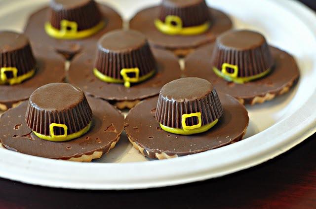 Pilgrim hat cookies.jpg