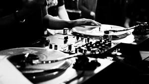 Beat-Drop-DJ-4.jpg