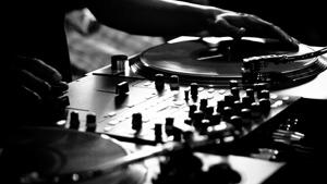 Beat-Drop-DJ-2.jpg