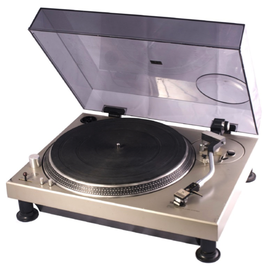 Original 1972 Technics SL-1200.