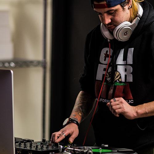 Summer-DJ-101.jpg