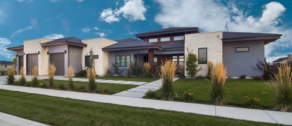 We Design And Build Custom Homes That Fit Your Lifestyle.