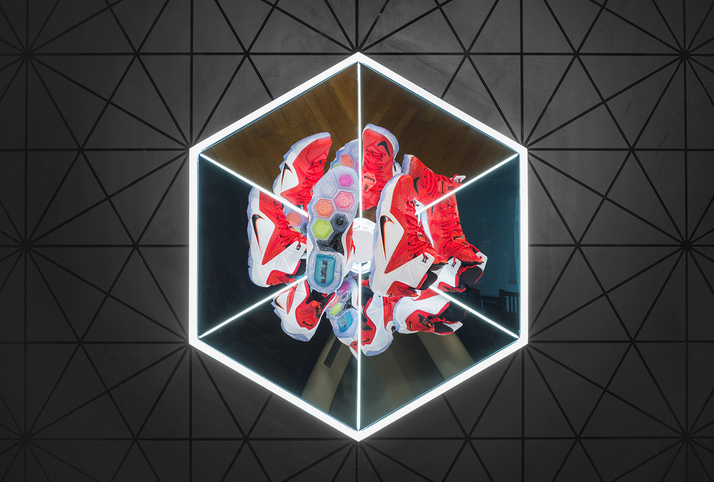 Lebron 12_HOH_Riverside_Close Up Hex.png