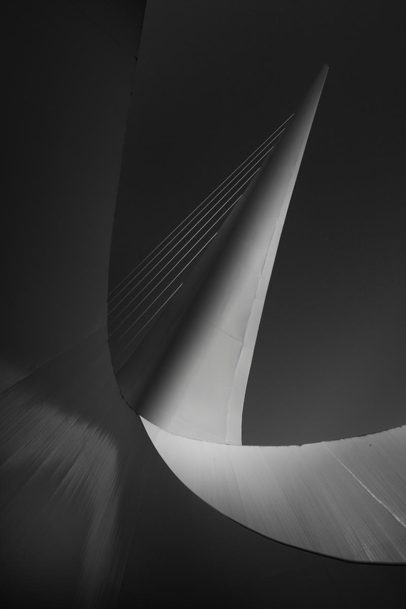 Sundial 01.jpg