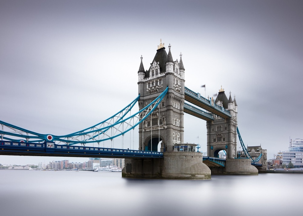 Tower Bridge London 2015 - Joel Tjintjelaar