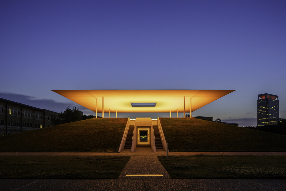 James Turrell Skyspace Twilight Epiphany - Orange.jpg