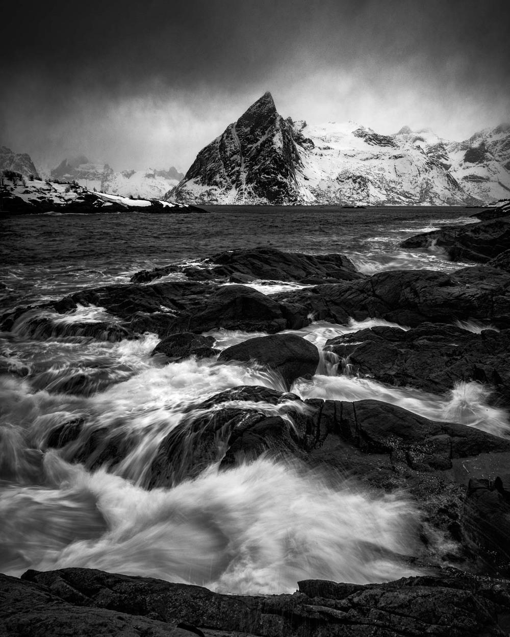 Stormy Lofoten |MM 246 | 16-18-21mm f/4 Tri Elmar