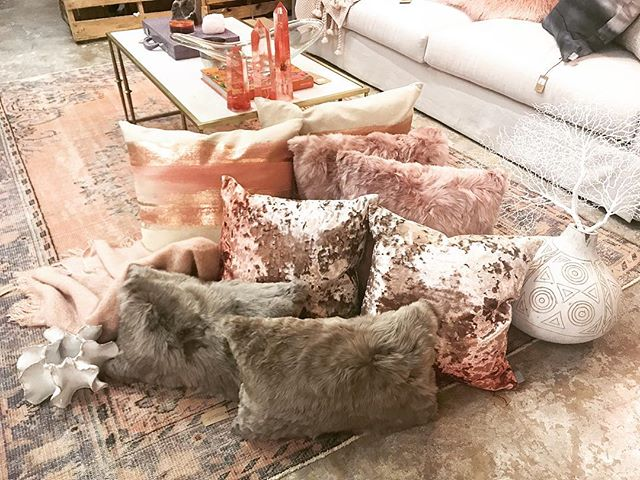 Things are comin' up rosy at MACK! Come check out our great new pillow arrivals in all shades of blush & rose . . #theMACKmix #picoftheday #instastyle #instapic #instadaily #homedecor #interiordesign #instainspo #styleinspo #instagram #shoplocal #homedesign #homefurnishingscolumbiasc #designcolumbiasc #interiordesigner #weship #decor #decorate #organicdesign #columbiasc #themackmix