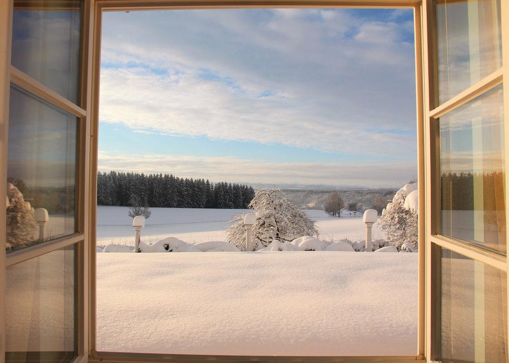 Gästehaus_Fensterblick.jpg