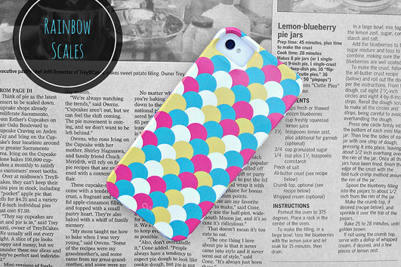 Rainbow Scales // iPhone 5 Case