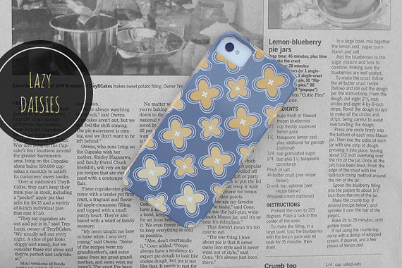 Lazy Daisies // iPhone 5 Case