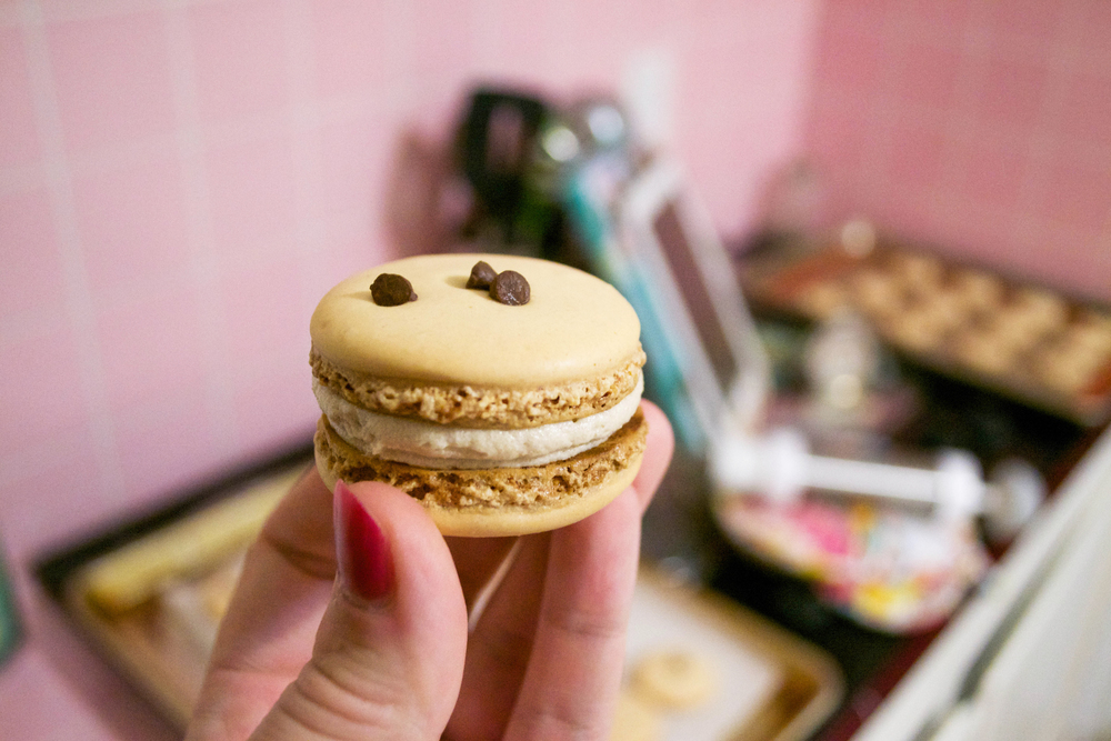 Almond Cookie Dough Macaron 4