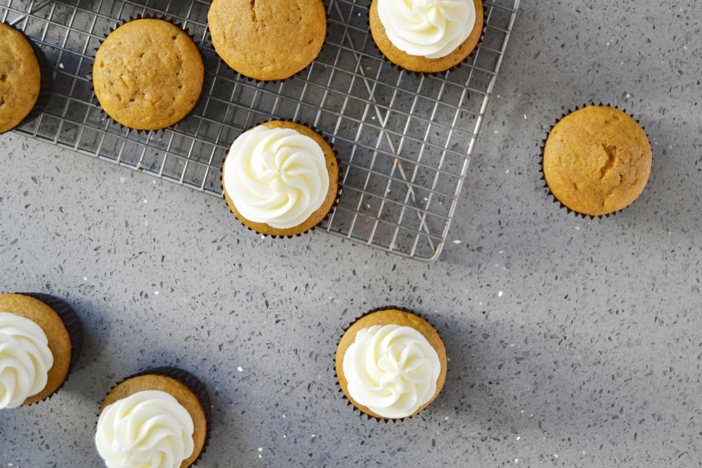 Pumpkin Bliss Cupcakes -- Everyone's favorite Starbucks drink in cupcake form! | thegirlkyle.com