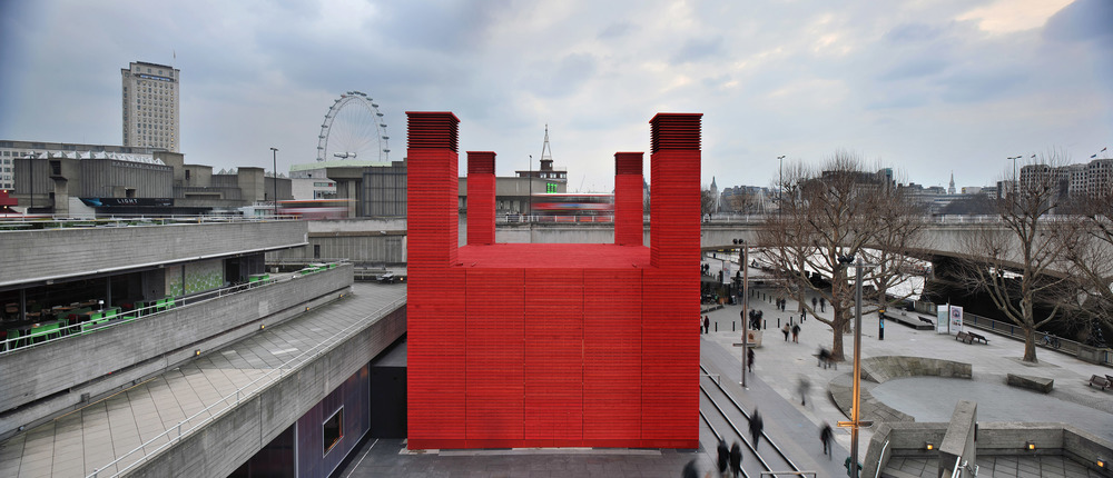 The Shed, designed by architects Haworth Tompkins & Charcoalblue theatre consultants, is a new temporary performing arts venue.