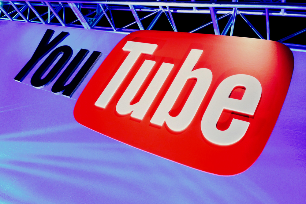You Tube dimensional logo