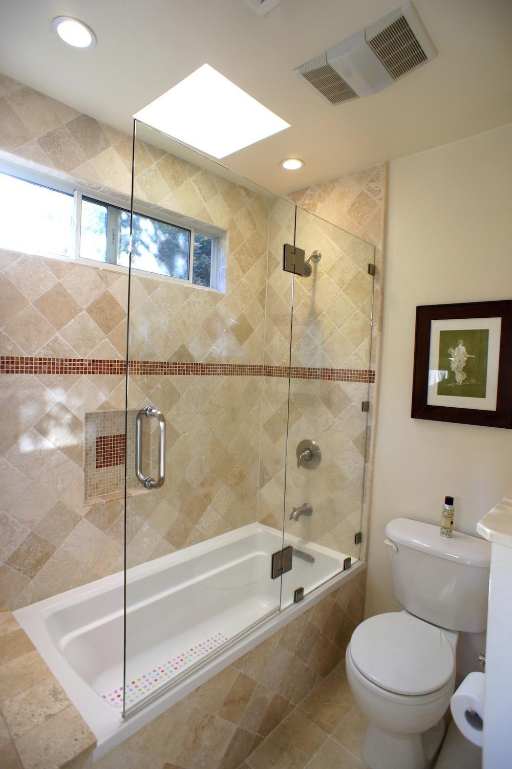 Master Bathroom - 2.jpg