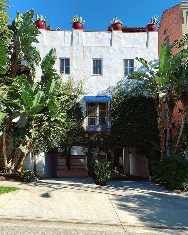 7 Fountains on Harper #westhollywood #courtyard #mediterranean #sunsetstrip #theparisigroup