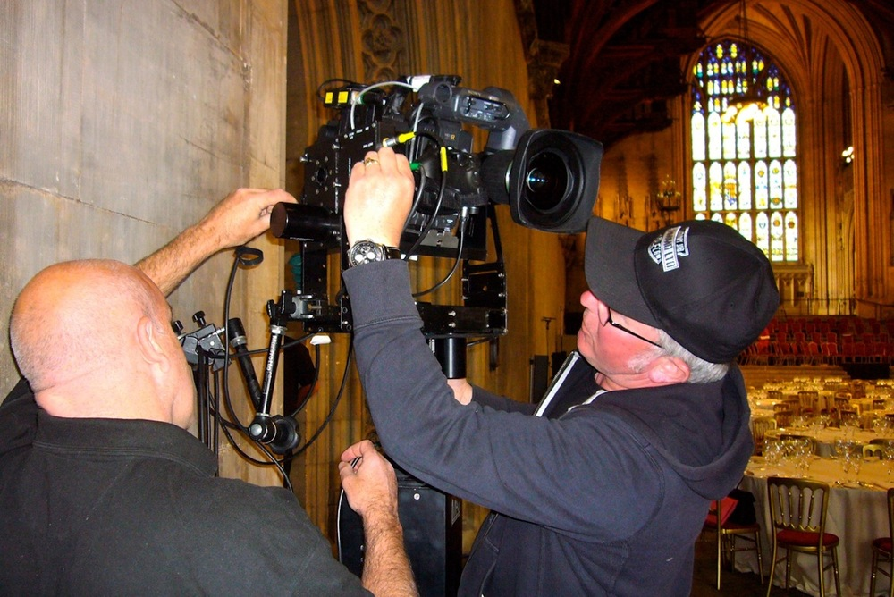 Lammo & Greg Blanchfield rigging the Peepod 500 & Towercam the Palace of Westminster for the Queens Jubilee celebrations.