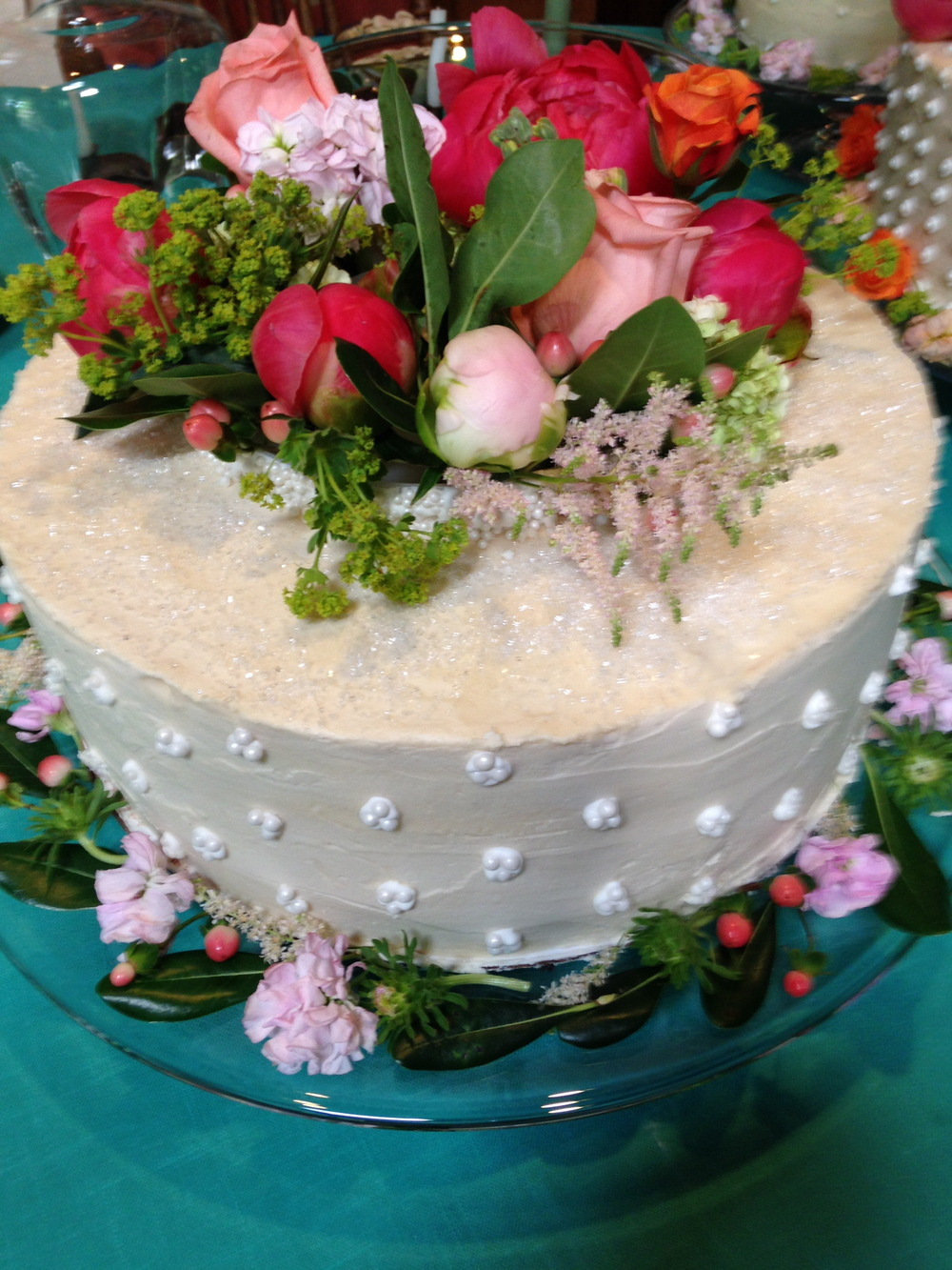 Do flowers make the cake?