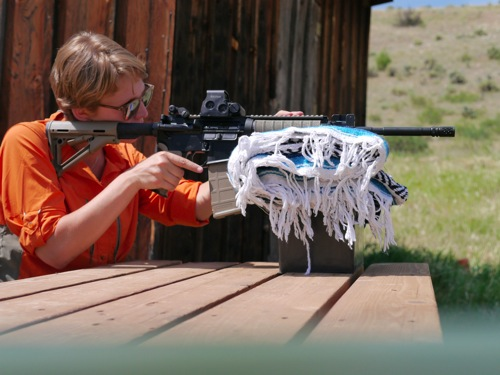 Berkley shoots AR15