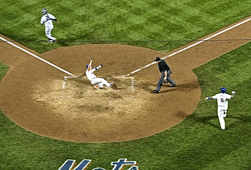 David Wright scores the game winning run