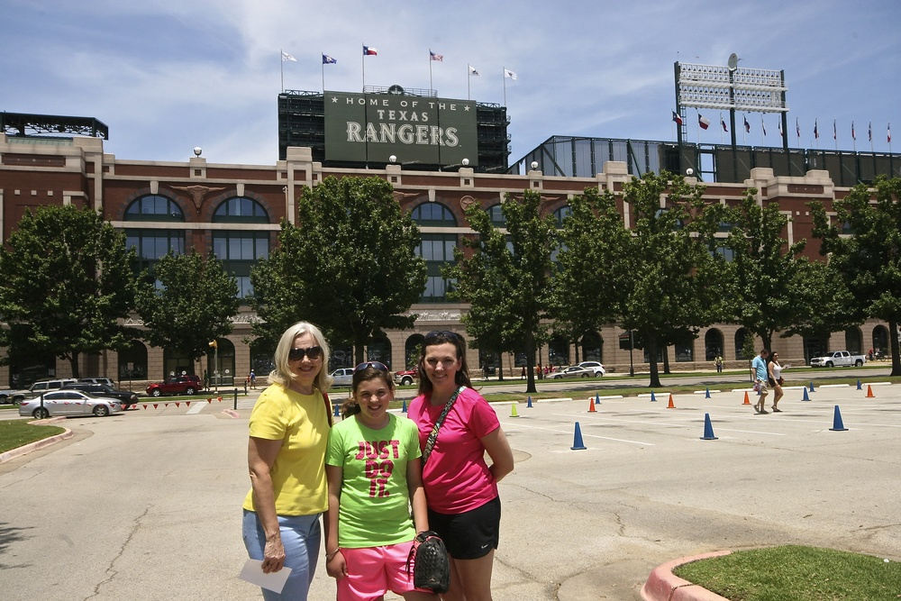 Laney with her mother and grandmother