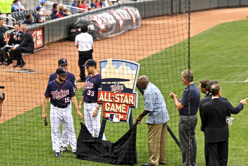 Twins All Stars past and present unveil 2014 ASG logo